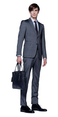 2283e6b93ea1 Discover the latest Ermenegildo Zegna menswear collection.