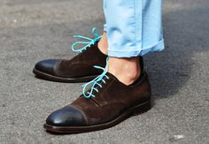love the colored shoe laces