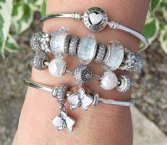 ⋆❈∘∙✦ᘉąmšąí✦∙∘❈⋆ #PandoraPassion Pandora Beads, Pandora Bracelet Charms, Pandora Jewelry, Pandora Essence, Funny Food, Jewelery, Wonderland, Alice, Charmed