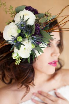 In case you haven't noticed, wearing fresh flowers in your hair is already a huge trend for weddings this year. I can't lie, I love this tr...