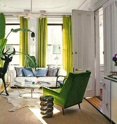 Love the green chair mirrored by the lighter green drapes. Living Room Green, Green Chair, Interior Design, Green Home Decor, Curtains Living Room, Home, Interior, Green Curtains, Home Decor