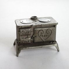 Stove Cast Iron Antique Toy Pearl by GardenBarn on Etsy, $69.95