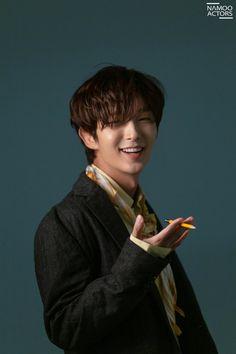 Handsome Korean Actors, Handsome Boys, Scarlet Heart Ryeo Cast, Lee Dong Wook Goblin, Lee Joon Gi Wallpaper, Lee Jong Ki, Arang And The Magistrate, Lee Junho, Kdrama Actors