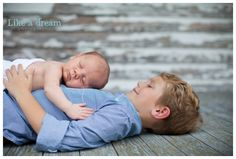 newborn with big brother // Like a Dream Photography