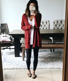 40 Ways to Style Leggings! - Mode - leggings Mode Style Ways Casual Fall Outfits, Simple Outfits, Outfits For Teens, Spring Outfits, Cute Outfits, Work Outfits, School Outfits, Hipster Outfits For Women, Work Attire