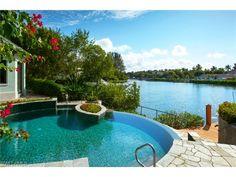 274 Little Harbour Ln, Naples, FL 34102 | Beautiful waterfront pool in Little Harbour