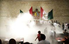 Diputados del sur de México terminan con riña debate sobre leyes electorales  http://www.elperiodicodeutah.com/2015/07/noticias/internacionales/diputados-del-sur-de-mexico-terminan-con-rina-debate-sobre-leyes-electorales/