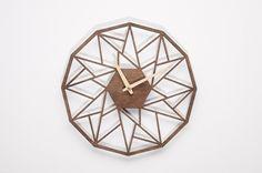 Nowoczesny prezent ażurowy zegar ścienny GC w NIUS SHOP na DaWanda.com