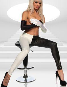 Black & White Leggings mit zwei unterschiedlich farbenen Hosenbeinen - zu kaufen im zugeschnuert-shop.de