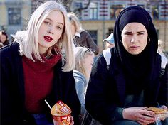 Sana og Noora My fav girls everr
