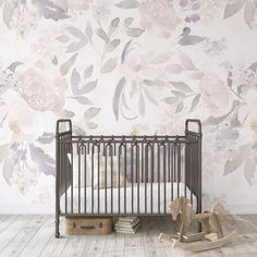 Wallpaper PRIM VINTAGE Floral Pink Nursery Décor - 208 inches / 48 inches