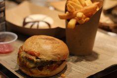 Se réchauffer autour d'un bon VRAI burger