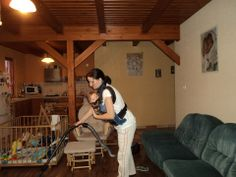 Picture from Julianna Tóth Angyal Supermom, Babywearing, Lily, Home Appliances, Cleaning, Pictures, Style, House Appliances, Photos