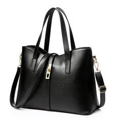 caa612fae1b2 Spring and summer new trend of fashionable handbags large bag handbag  shoulder diagonal package
