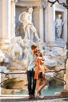 Honeymoon PhotoShoot in Rome Italy by Andrea Matone Photographers Cool Pictures, Cool Photos, Love Wallpapers Romantic, Italy Images, Rome Italy, Couple Photography, Photo Sessions, Travel Photos, Wedding Proposals