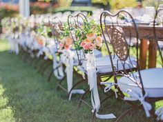 La Tavola Fine Linen Rental: Tuscany Lilac Napkins and Chair Cushions | Photography: Lori Paladino Photography, Event Planning + Design: L'Relyea Events, Floral Design: EV Floral