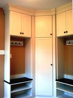 I would like to make use of the corner in the laundry room so the lockers aren't all in a row. Nice!