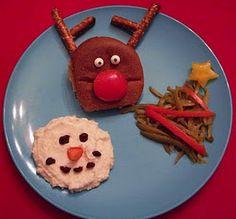 Christmas Dinners for Kids {Christmas Edible Crafts} Easy Christmas Dinner, Christmas Punch, Christmas Goodies, Christmas Treats, Christmas Holidays, Christmas Dinners, Christmas Activities, Christmas Deserts, Christmas Cakes