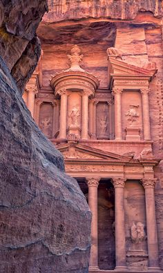 The one and only lost city of Petra! Beautiful Places To Travel, Cool Places To Visit, Beautiful World, Places To Go, Wadi Rum, Travel Around The World, Around The Worlds, City Of Petra, Jordan Travel