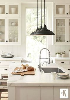 Farmhouse Kitchen White Cabinets 20 farmhouse kitchens for fixer upper style + industrial flare