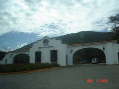 Vargas, parroquia Naiguatá, Universidad Simón Bolívar, Sede del Litoral.