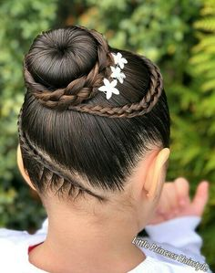 Hairstyle 、Braided Hairstyle、Children、Kids、For School、Little Girls、Children's Hairstyles、For Long Hair、Cute Child、Child Photography Kids Braided Hairstyles, Pretty Hairstyles, Kids Hairstyle, Hairstyle Ideas, Little Girl Hairdos, Baby Girl Hair, Natural Hair Styles, Long Hair Styles, Braids For Kids