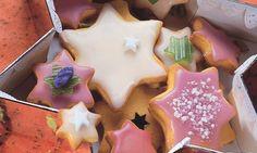 Quitten-Guetzli mit Kardamom - Rezepte - Schweizer Milch Biscuits, Bakery, Cupcakes, Sugar, Cookies, Desserts, Food, Christmas Recipes, Chai