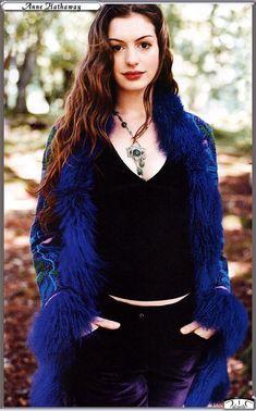 Stars Nues : Anne Hathaway - 72 photos - 10 vidéos - 9 news