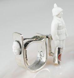 gatto_porcelaindoll_sterlingsilver_pinkivory_dollhead Gatto unique ring shapes