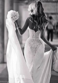 Hope my bum looks this good in my wedding dress Perfect Wedding, Dream Wedding, Wedding Day, Lace Wedding, Mermaid Wedding, Italy Wedding, Wedding Beauty, Luxury Wedding, Looks Party