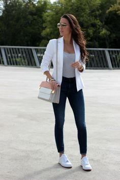 Blazer outfits casual, business casual outfits, smart casual outfit, ca Casual Sporty Outfits, Business Casual Outfits, Classy Outfits, Stylish Outfits, White Blazer Outfits, Casual Blazer, Sporty Chic, Preppy Casual, Mode Outfits