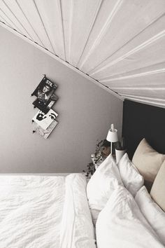 Grey walls and wall magazine holders