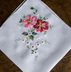 Antique Style: Hanky Primer Embroidered and Petit Point Hankies Silk Ribbon Embroidery, Crewel Embroidery, Hand Embroidery Patterns, Cross Stitch Embroidery, Machine Embroidery, Flower Embroidery, Vintage Handkerchiefs, Lesage, Brazilian Embroidery