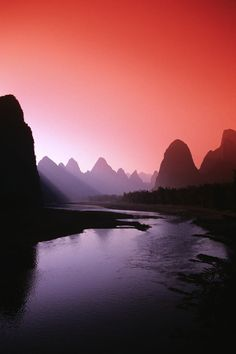 Awe-Inspiring Photographs of 'The River Of Poems And Paintings', In China - DesignTAXI.com