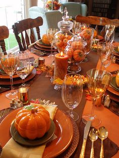 Fabulous fall dinner table spread. #bravahome
