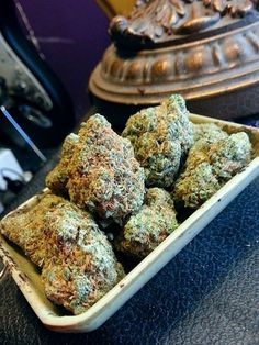 Your tray of #nugs sir...