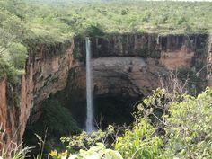 Cachoeira Véu da Noiva - Chapada dos Guimarães, Mato Grosso - Brazil