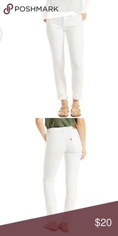 NWOT levi mid rise skinny jeans White skinny jeans 32x32 does have sticker tag on legs just no paper tags Levi's Jeans Skinny