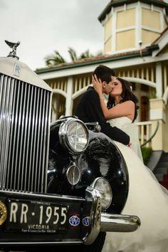 www.tripler.com.au The wedding of Simone and Matt Natoli #weddingcars #weddingcarsmelbourne #wedding #classiccars #rollsroyce