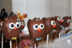 Owl cake pops...whooooo doesn't love a hootie hoot?