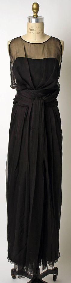 Evening Dress, Norman Hartnell  (British, founded 1923), Designer:     Marc Bohan (French, born 1926), ca. 1990, silk.