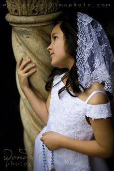 Holy Communion .... Love the Veil  But wondering if its too 1960's run into church type veils.