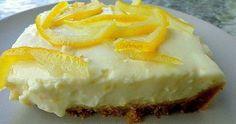 Τσίζ κέικ λεμόνι !! Εύκολο και πολύ ωραίο γλυκό ψυγείου !!! ΥΛΙΚΑ ΓΙΑ ΤΗΝ ΚΡΕΜΑ 2 κουτάκια τυρί κρέμα Φιλαδέλφια 1 κουτί ζαχαρούχο γάλα ξ... Greek Recipes, Cake Cookies, Cheesecake, Pie, Favorite Recipes, Sweet, Desserts, Food, Kitchen