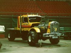 Seen it got balls. Truck And Tractor Pull, Steam Tractor, Tractor Pulling, Farmall Tractors, Old Tractors, Logging Equipment, Heavy Equipment, Truck Pulls, Vintage Tractors