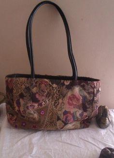 Buy here at #vinteduk http://www.vinted.co.uk/womens-bags/tote-bags/5872282-hand-bag-by-bueno