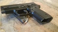 Police Trade-In Guns | Sig Sauer P229 .40 S&W | https://guncarrier.com/police-trade-in-guns/