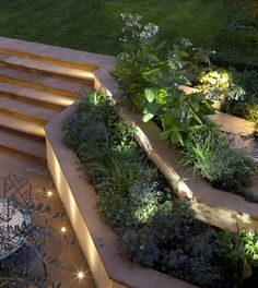 50 Modern Garden Design Ideas to Try in 2017 The tiered planters are nice. This definitely feels very resort to me. I also like the lighting The post 50 Modern Garden Design Ideas to Try in 2017 appeared first on Garden Ideas. Contemporary Garden Rooms, Modern Garden Design, Landscape Design, Modern Design, House Garden Design, Desert Landscape, Contemporary Homes, Landscape Plans, Urban Design