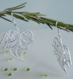 Lovely-leaf-sterling-silver-dangle-womens-earrings-everyday-gift-jewelry