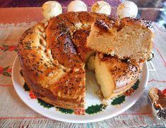 Γλυκά και Αλμυρά Μαίρης: Εύκολη Βασιλόπιτα Πολίτικη με μαγιά (ανεβατή) Bagel, Bread, Greek Recipes, Food, Eten, Greek Food Recipes, Bakeries, Meals, Breads
