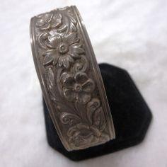 vintage sterling silver wide cuff bracelet floral 32.9 Grams